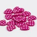 Pink pöttyös szív gombok -  30 db, Gomb, Műanyag gomb, Varrás, Textil, Gomb, Vidám, pöttyös, sötét rózsaszín/ pink színű műanyag 2 lyukú gombok. Egyik oldaluk pöttyös, másik ró..., Alkotók boltja