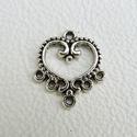 Szív köztesek - 8db, Gyöngy, ékszerkellék, Egyéb alkatrész, Fémmegmunkálás, ötvösség, Cink ötvözet szívek antikolt ezüst színben.  Az ár 8, azaz nyolc darabra vonatkozik! Használható mi..., Alkotók boltja