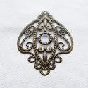 Pajzsok - 5db - bronz, Gyöngy, ékszerkellék, Egyéb alkatrész, Fémmegmunkálás, ötvösség, Vas ötvözet fém csipkék, pajzs alakúak, bronz színben.  Használható mint köztes, összekötő vagy ver..., Alkotók boltja