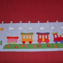 Égszínkék vonatos falvédő, Baba-mama-gyerek, Otthon, lakberendezés, Lakástextil, Falvédő, Patchwork, foltvarrás, Varrás,  Égszínkék pamutvászonra- applikációs technikával készült falvédő.Mérete 2m X 60 cm.  Rögzítése: ak..., Meska