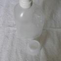 Mosószer flakon, , Mindenmás, Szappankészítés, Teljesen új 1,5 literes mosószer tárolására alkalmas flakon kupakkal és mosószer adagolóval eladó., Alkotók boltja