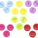 Kerek 9 mm-es színes gombok vegyes színekben, Gomb, Műanyag gomb, Kerek színes gombok vegyes színekben Mérete: 9 mm 50 db/csomag Ára: 525 Ft (10,5 Ft/db) A csomag..., Alkotók boltja
