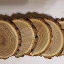 8-10 cm átmérőjű  fa korong ,fa szelet, szeletelt fa vsatag korong, Fa, Rétegelt lemez, fa alap, Famegmunkálás, Akácfából vágott szeletek,rusztikus vastak, kéreggel. Még csiszolni kjell. . 5 db van a csomagban Á..., Alkotók boltja