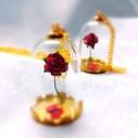 Rózsa aranyban, Ékszer, Esküvő, Nyaklánc, Medál, Ékszerkészítés, A kézzel készült papír rózsát arany színű búrába tettem. A búra mérete 25mm x 38mm. , Meska