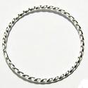 925-ös ezüst szerelőkarika zárt ESZK Z 5 x 0,9mm-es , Gyöngy, ékszerkellék, Egyéb alkatrész, Ékszerkészítés, Mindenmás, Szerelékek, 925-ös valódi ezüst (bevizsgált) 5mm átmérőjű 0,9mm drótvastagságú ezüst zárt szerelőkarika.  3db/c..., Alkotók boltja
