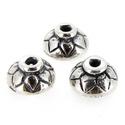 925-ös sterling ezüst gyöngykupak  1db/ csomag  EGYK 32, Gyöngy, ékszerkellék, Fém köztesek, EGYK 32  925-ös fémjellel ellátott antikolt valódi ezüst (bevizsgált) gyöngykupak.   1 db / c..., Alkotók boltja