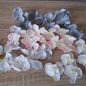 Szürke-csillámos Diy selyemvirág csomag, Dekorációs kellékek, Egyéb kellékek, Virágkötészet, Mindenmás, Különböző selyemvirágokat válogattam össze, rózsaszínes-fehér-ezüst csillámos-szürke/ezüst színekbe..., Alkotók boltja