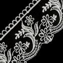 Dekorációs csipke, Dekorációs kellékek, Textil, Virágkötészet, Varrás, Eladó a képen látható csodálatosan szép fehér, monofilon (organza) alapú, hímzett mintával díszítet..., Alkotók boltja