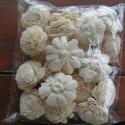 Czetka rendelése., 1 cs ming boglárka 5-6 cm krém színű.  , Alkotók boltja