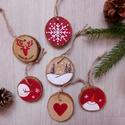 Téli hangulat - 6 db kézzel festett karácsonyi dísz, Dekoráció, Karácsonyi, adventi apróságok, Ünnepi dekoráció, Karácsonyfadísz, Karácsonyi dekoráció, Festészet, Festett tárgyak, Kézzel festett vidám téli képek 5-6 cm átmérőjű fakorongokra.  A korongok mindkét oldala festett, u..., Meska