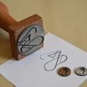 Fanyeles bélyegző, Dekorációs kellékek, Díszíthető tárgyak, Fanyeles (és öntintázó) bélyegzők készítését vállaljuk egyedi elképzelés vagy logó ala..., Alkotók boltja