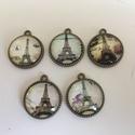 Eiffel tornyos üveglencsés medálok, Gyöngy, ékszerkellék, Cabochon, Az ár 1 db termékre vonatkozik. Összesen 5 db van belőle.   Nikkel mentes.  átmérője 2 cm. Ra..., Alkotók boltja