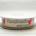 Handmade with Love feliratos pamutszalag, Textil, Szalag, pánt, Varrás, Papírművészet, Szalag, Nyomott mintás Szélessége 1,5cm  1m-ben 20 felirat van!   A terméket a feltüntetett postaköltségeke..., Alkotók boltja