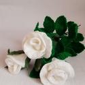 Hosszú szárú horgolt rózsa, Otthon & lakás, Dekoráció, Csokor, Dísz, Horgolás, Mindenmás, Hosszú szárú, színes horgolt rózsa.  Hossza 45 cm.  A megadott ár egy szál rózsára vonatkozik. (A k..., Meska
