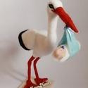 Tűnemezelt babahozó gólya , Egyéb, Gyerek & játék, Baba-mama kellék, Nemezelés, Mindenmás, Drótvázra építettem ezt a kedves madarat.  A gólya lényegében egy tűnemezeléssel készült figura, am..., Meska