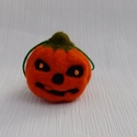 Halloween tök függődísz, Otthon & lakás, Egyéb, Dekoráció, Dísz, Furcsaságok, Nemezelés, Halloween dekoráció. Töklámpás arc figura, függődísz, sötétben kissé foszforeszkáló szemgolyókkal. ..., Meska
