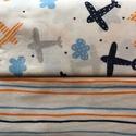Organikus pamutvászon anyagcsomag - repülős-csíkos, Textil, Anyagcsomag, Vászon, Varrás, Textil, 2 db 1x1 méter pamutvászon, a csíkosból is egy darab és a repülős mintásból is, így alkotnak egy an..., Alkotók boltja
