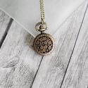 """Antik bronz """" virágos"""" ékszeróra/nyakláncóra, Órakészítés, Vegyes alapanyag, Ékszerkészítés, Antik bronz színű, lenyitható fedelű nyaklánc óra.  Mérete: 2,5cm átmérőjű A nyaklánc hossza 80cm, ..., Alkotók boltja"""