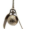 """Antik bronz """"pókháló- Harry Potter"""" ékszeróra/nyakláncóra, Órakészítés, Vegyes alapanyag, Ékszerkészítés, Antik bronz színű, lenyitható fedelű nyaklánc óra angyal szárnyakkal (levehetőek).  Mérete: 2,5cm á..., Alkotók boltja"""
