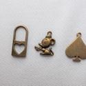 Bronz medálok 3db/csomag, Gyöngy, ékszerkellék, Fém köztesek, Ékszerkészítés, Fém köztesek,  A csomag tartalma 3db bronz színű medál. Karkötő és fülbevaló készítéshez ajánlom. , Alkotók boltja