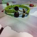 Cherry !makramé karkötő zöldben, Ékszer, Karkötő, Csomózás, Ékszerkészítés,   Makramé karkötőt készítettem .,viaszolt szálból.  Mérete szabályozható.  Más színben,is elkészíte..., Meska