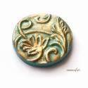 Türkiz-bronz indás kaboson süthető gyurmából, Gyönyörű indás-leveles mintájú lencse türki...