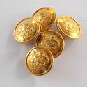 Arany színű  fém gomb 4/a, Gomb, Gyöngy, ékszerkellék, 17,5mm átmérőjű arany  színű fém gomb. Ebből a gombból létezik nagyobb is.  4/b alatt találod.  Mind..., Alkotók boltja