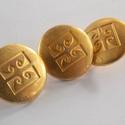 Arany színű  fém gomb 9/a, Gomb, Gyöngy, ékszerkellék, 18mm átmérőjű arany  színű fém gomb. Ebből a gombból létezik nagyobb is.  9/b alatt találod.  Minden..., Alkotók boltja
