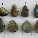 Labradorite 1, Gyöngy, ékszerkellék, Cabochon, Nagy szerelem Nálam a Labradorite. :-) Imádom , hogy ahány, annyi féle tűz ég benne.   Mérete: A 1. ..., Alkotók boltja
