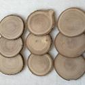 fa korong kőrisfa ágából, Fa, Egyéb fatermék, A korongok kőrisfa ágából készültek. átmérő:60-90 mm vastagság: 5-10 mm A felület mindkét oldalán fi..., Alkotók boltja