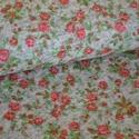 Rosalie mini rózsas gyapjú , Textil, Varrás, Textil, Mini rózsák acél szürke alapon.  38% minőségi gyapjútartalommal. A megadott ár 25x 145 cm-re vonatk..., Alkotók boltja
