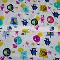 Windy Scenic lila- 50cm x 110cm, Textil, Pamut, Varrás, Textil, Amerikai designer anyag  Minta:erdei állatok szeles időben papírsárkányt repítenek:)  100% pamut, 3..., Alkotók boltja