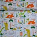 Dinosaur- 50cm x 110cm, Textil, Pamut, Varrás, Textil, Angol designer anyag  Minta:  színes dinoszauruszok  100% pamut, 30 fokon mosható és 2es fokozaton ..., Alkotók boltja