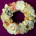 Vintage koszorú  - lágy pasztell színekben (22 cm), Dekoráció, Otthon, lakberendezés, Dísz, Ajtódísz, kopogtató, Virágkötés, Mindenmás, Vintage stílusú koszorút készítettem lágy barack, rózsaszín, krém színekkel, rusztikus rózsák , ter..., Meska