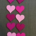 Pink szív, Fa, Egyéb fatermék, Famegmunkálás, Rózsaszín, pink színű szív Anyaga festett fa.  4,5x3 cm.  Az ár 10 db-ra értendő!  , Alkotók boltja