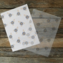 UTOLSÓ darabok Mintás viaszos szappan csomagolópapír KÉK VIRÁG, Csomagolóanyag, Papír, Gyönyörű mintás csomagoló szappanhoz  18 db/csomag  Áttetsző megoldás  Viaszolt  Méret: 15cm x 21cm ..., Alkotók boltja