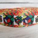 Bűvös kocka mintás Grosgrain szalag - 22mm, Textil, Szalag, pánt, Varrás, Egyoldalas nyomott grosgrain szalag.   Méret: 22mm széles   Csomagoláshoz, ajándékokra, képeslapokr..., Alkotók boltja