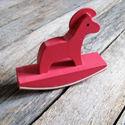 Dala ló alakú fa sorminta nyomda - Piros, Papír, Scrapbook, Papírművészet, Ló alakú sorminta nyomda    Nyomda mérete: 8,5(nyomdafelület)x 6,5cm  Gumi fejjel  Kapható boltomba..., Alkotók boltja