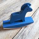 Dala ló alakú fa sorminta nyomda - Kék, Papír, Scrapbook, Ló alakú sorminta nyomda    Nyomda mérete: 8,5(nyomdafelület)x 6,5cm   Gumi fejjel  Kapható bol..., Alkotók boltja