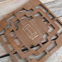 Vintage fa keretű 4db-os boríték stencil sablon, Fa, Egyéb fatermék, Papírművészet, Fa boríték sablon - örök darab  Anyaga: fa  Külső méret: 14 x 14 cm  A középen látható boríték kész..., Alkotók boltja