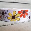 Virágmintás Grosgrain szalag - 25mm, Textil, Szalag, pánt, Egyoldalas nyomott grosgrain szalag.   Méret: 25mm széles   Csomagoláshoz, ajándékokra, képesl..., Alkotók boltja