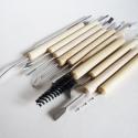 Fa nyelű agyag/gyurma formázó szett, Szintén a nem használt vagy túlrendelt eszköze...