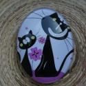 Macskás (2) cabochon, Üveg, Ékszerkészítés, 40x30 mm-es, üveg cabochon ékszerkészítéshez, kreatívoskodáshoz. A lilából 1 db, a zöldből 2 db áll..., Alkotók boltja