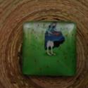 """""""Kislány a mezőn"""" négyzet alakú cabochon  (2), Gyöngy, ékszerkellék, Dekorációs kellékek, Ékszerkészítés, 25X25 mm-es,  üveg cabochon díszítéshez, ékszerkészítéshez, kreatívoskodáshoz. Az ár  1 db cabochon..., Alkotók boltja"""
