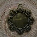 Antikolt bronz színű medálalap 25 mm-es, kör cabochonhoz, Gyöngy, ékszerkellék, Ékszerkészítés, Antikolt bronz színű, fém medál alap 25 mm-es, kör alakú cabochonhoz. 1 darab ára: 390 Ft  Nézz szé..., Alkotók boltja