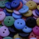 50 db-os, 12,5 mm-es , műanyag gombcsomag, Dekorációs kellékek, Gomb, 50 db, 12,5 mm-es,  vegyes színű,műanyag gombcsomag textilekhez, scrapbookinghoz, dekorációhoz, egyé..., Alkotók boltja
