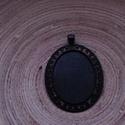 2 db-os, fekete színű medálalap csomag 30x40 mm-es cabochonhoz, Gyöngy, ékszerkellék, 2 db-os, kissé rusztikus hatású, fekete színű, fém medál alap csomag 30x 40 mm-es cabochonhoz. 1 dar..., Alkotók boltja