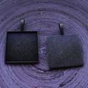 2 db-os, antik bronz színű medálalap csomag 25x25 mm-es cabochonhoz, Gyöngy, ékszerkellék, 2 db-os,  antik bronz színű, fém medál alap csomag 25x25 mm-es cabochonhoz. 1 darab ára: 300 Ft.  Né..., Alkotók boltja