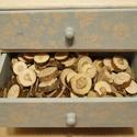 Faszelet, Fa, Egyéb fatermék, Japán akác faszeletek, különböző méretűek vegyesen. kb 100 db., Alkotók boltja