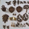 Megmaradt alapanyagok, Gyöngy, ékszerkellék, Fém köztesek, Megmaradt alapanyagok ,medálok,gyűrű,üveglencsés medálalap vegyesen.  anyaguk antik réz,1db a..., Alkotók boltja